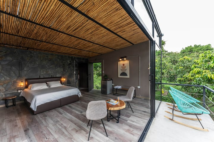 Mango Haus - Refugio Arrayanes | Mesa - Anapoima
