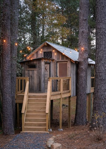 Treehouse at Pine Meadows