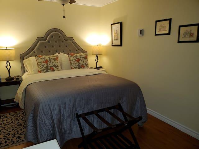 Bedroom 2:  Queen Bed, nightstands, Luggage rack.