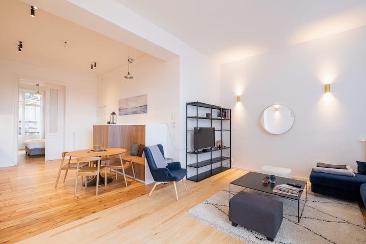 lumineux appartement pour 4 premier ét st Gilles