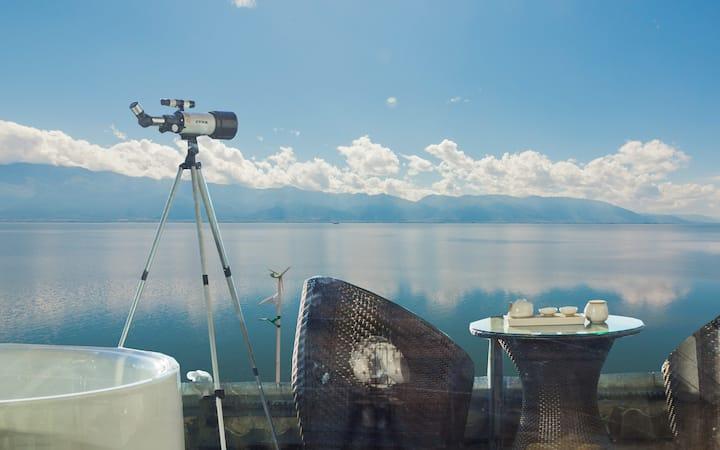 最美海岸线,180度露台海景影院星空吊床,顶楼视野,白天露台喝茶观景,晚上躺床满天星辰,含早餐