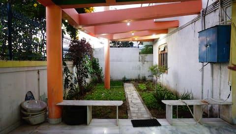 Luxurious 4-Bedroom Villa at Base of Mount Abu