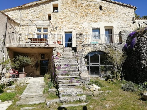 Bed and breakfast Le Vitrail au Rocher d 'Ngles