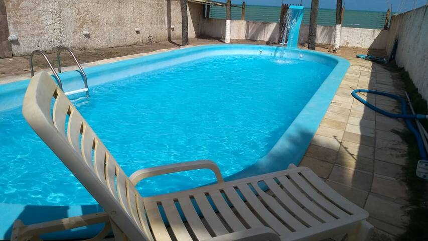 Maceió Suítes com piscina pé na areia