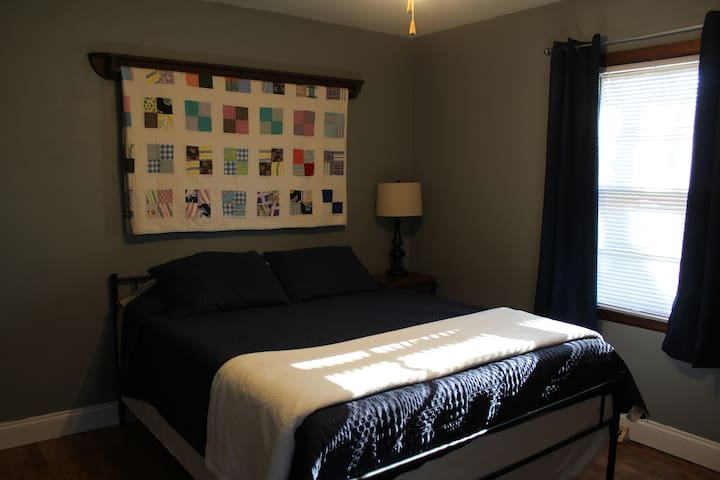 Master bed, queen size with memory foam mattress