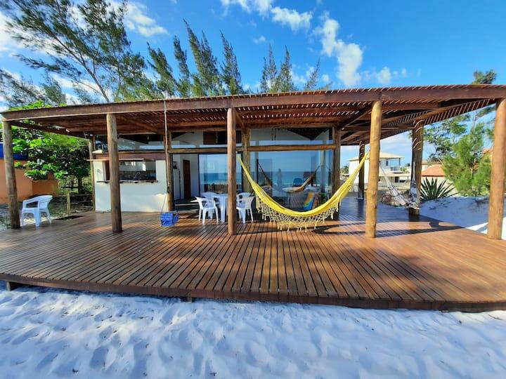 Casa Arraial do Cabo, pés na areia ; beach-front