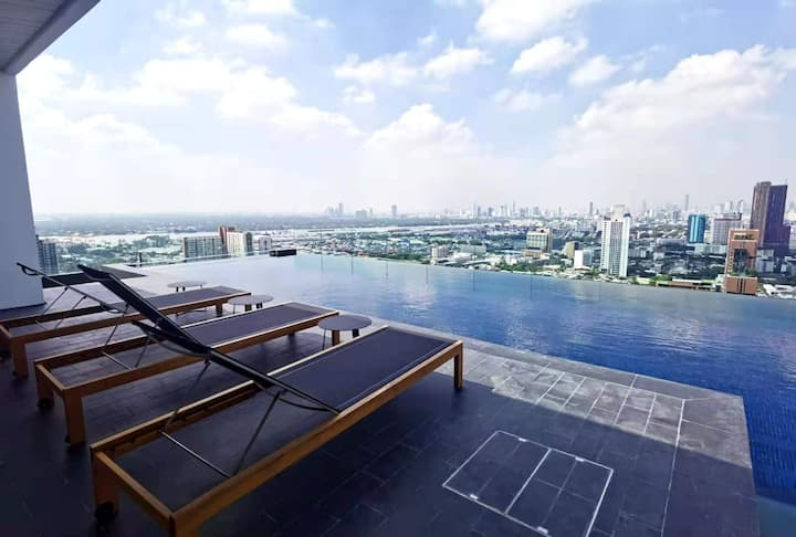New! Gateway/ Bangkok University 1BR 2PPL near BTS