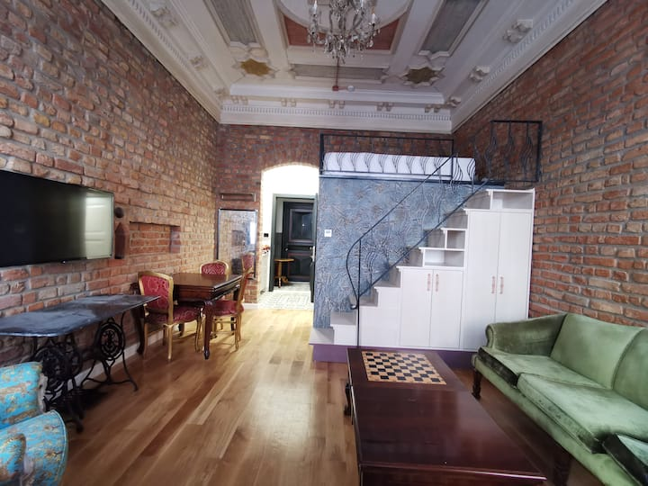 Historical & Beautiful Studio Apart, Taksim Center