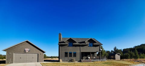 NEW LISTING! Just Minutes From Endless Recreation!
