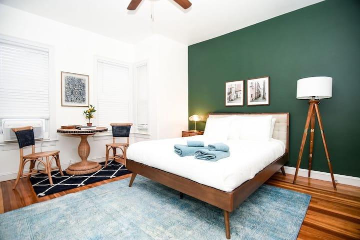 Venn | Sun Bathed Harvard Room| Private Bath