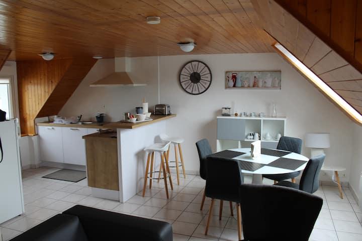 """Appartement Vue sur Mer: """"Fontaine Blanche"""" Morgat"""
