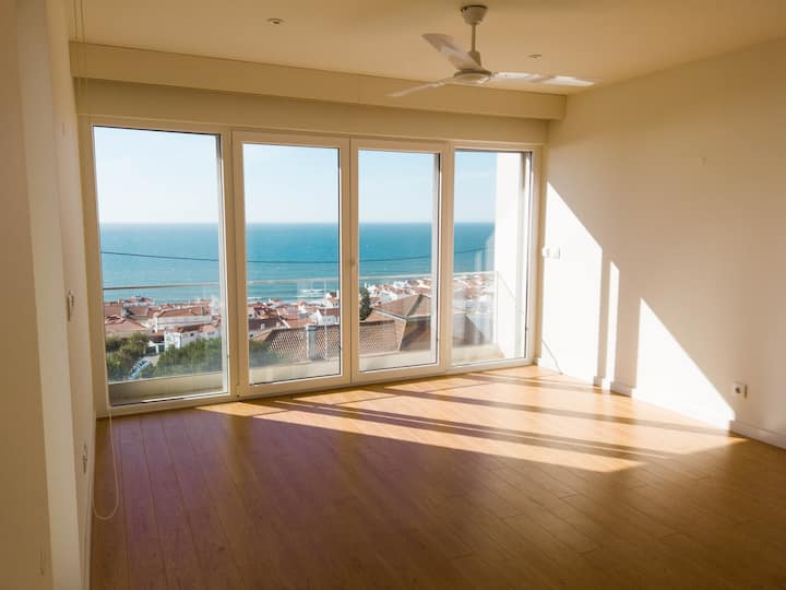 *Female-Only 8-bed Sea View : Yoga & Surf Retreat