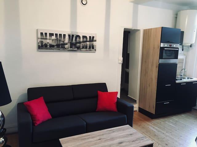 Appartement design, hypercentre de Douai , garage