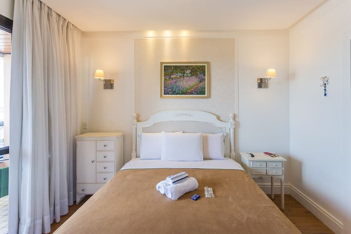 Bonaparte Hotel - Último andar -Vista Maravilhosa.