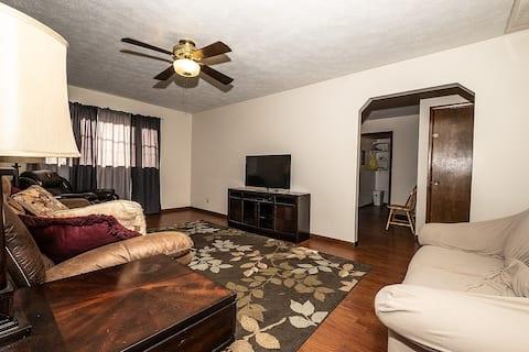 Huge 2 bedroom Apartment