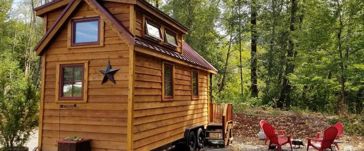 Tiny Home Hotel Tumbleweed Cypress #1 on the farm