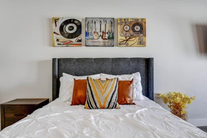 Luxurious Studio|Work from Home|Wifi|Pool|Gym