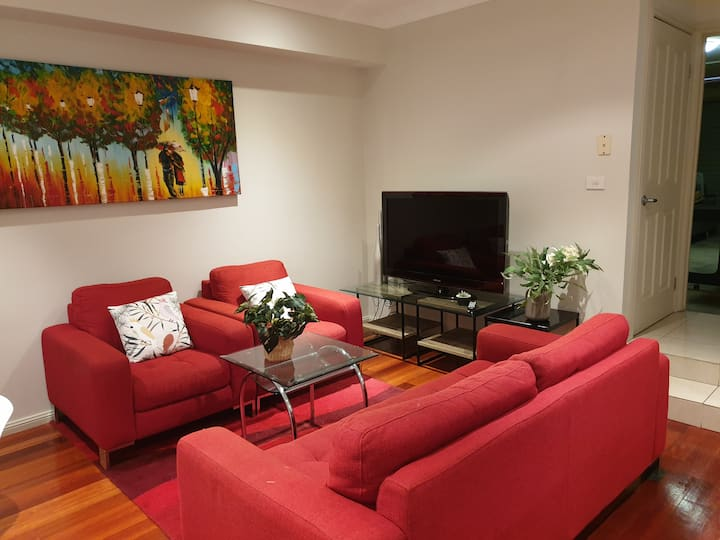 3 bedrooms townhouse in Hornsby Centre