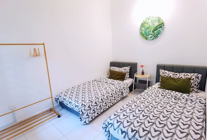 Setia Alam cozy room for 2