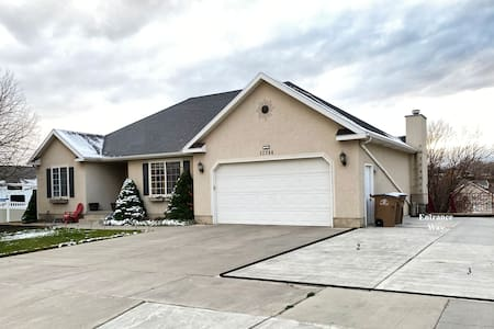 Entrance way is located on the right side of the house, zoom in the picture.