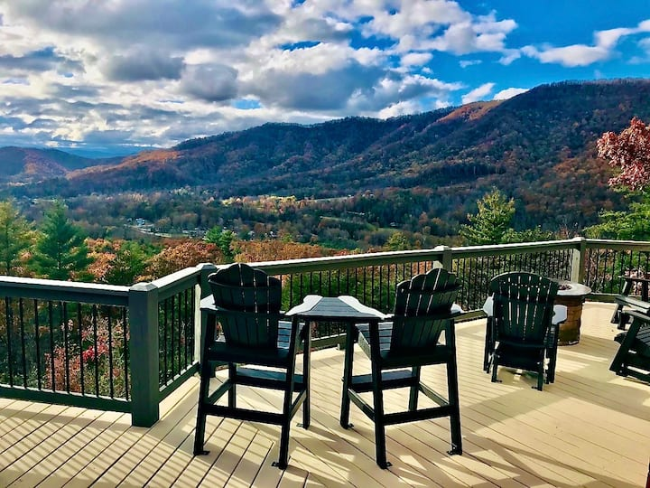 """""""HAVE IT ALL"""" Views- Luxury-Location!- Just Listed"""