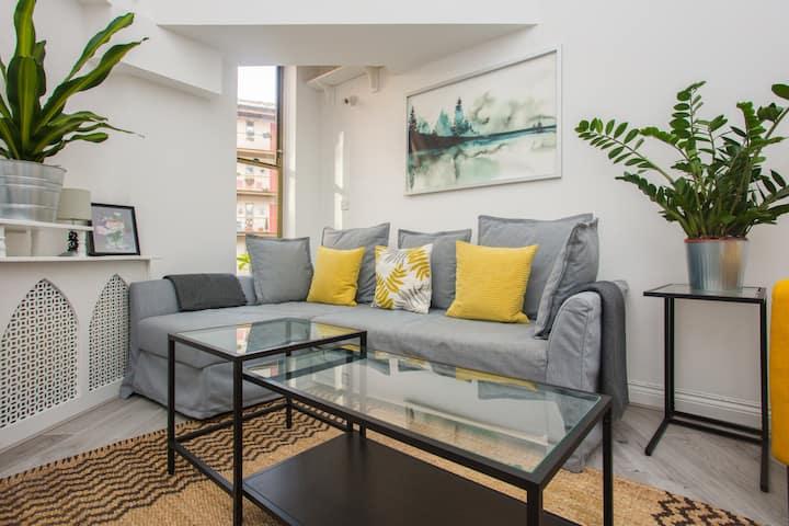 Modern & Spacious 2BD Apartment in Limehouse