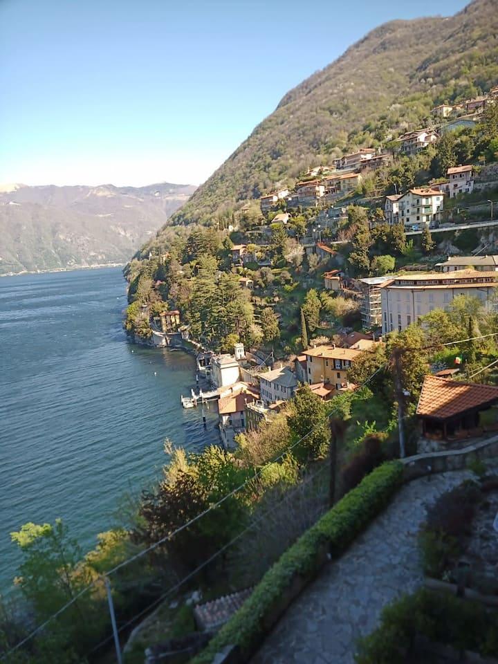 Casa con vista lago a Nesso