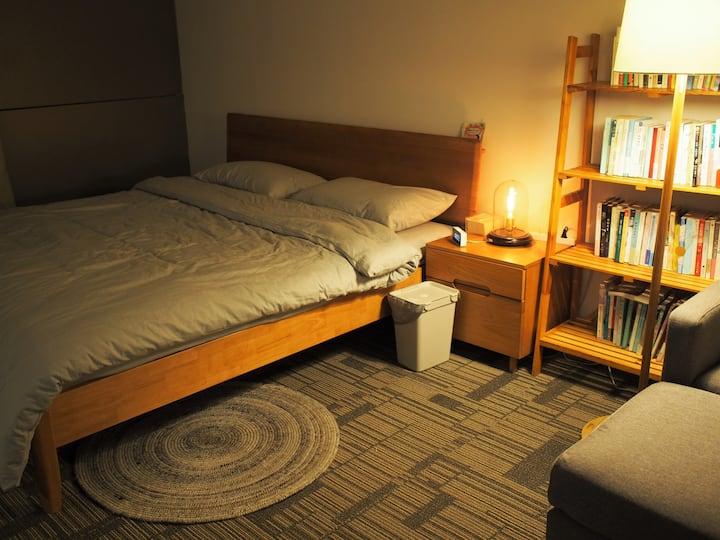 48㎡-SONY5.1声道音箱200寸高清投影 1.8米乳胶独立弹簧床垫 水洗暖绒床品南向全景落地窗