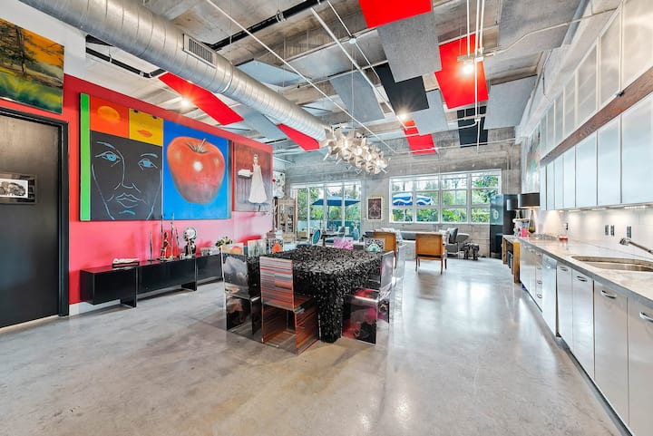 NY style authentic loft in vibrant Wynwood