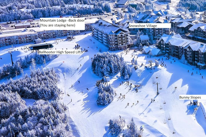 Stroll to Slopes, Village Area, Ski in/out Unit322