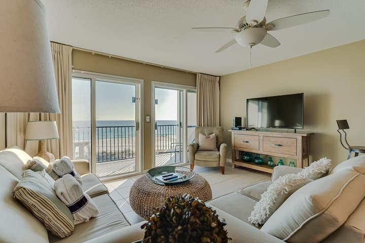 Windancer 303: Beachfront, Private Balcony w/Pool!
