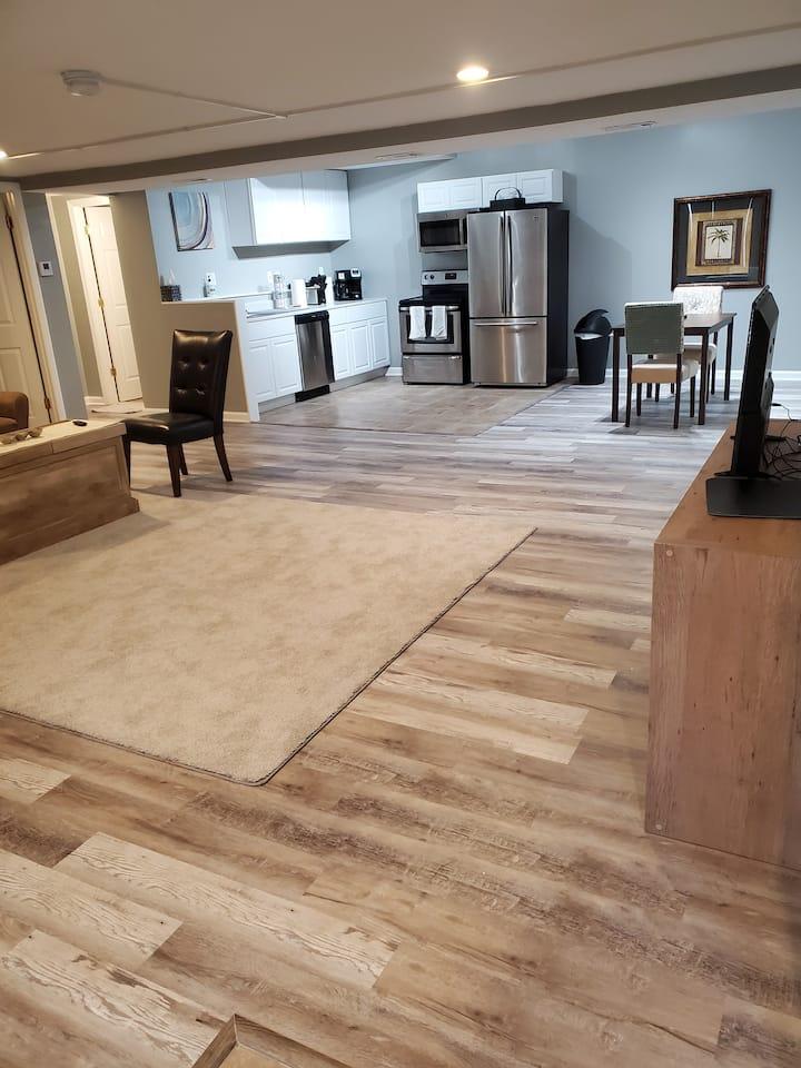 Super Modern Luxury Open Floor Plan Suite