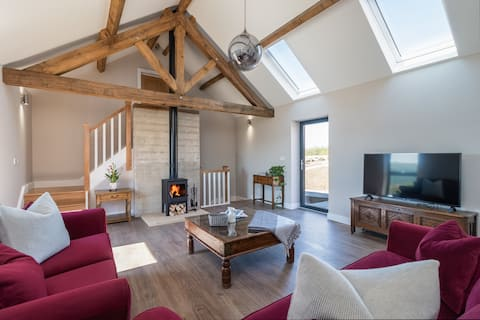 The Cow Barn - Green End Farm Cottages