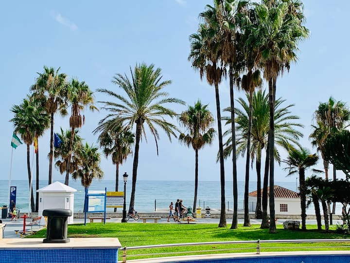 Beach front apartment in Marbella - San Pedro