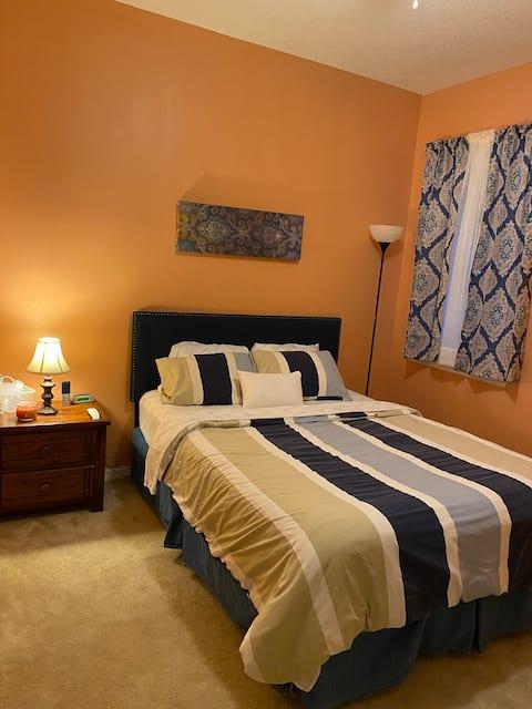 Private Bedrooms in quite suburban neighborhood
