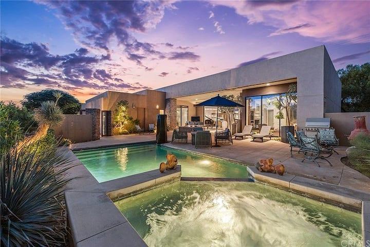 New! Stunning Modern Desert Retreat