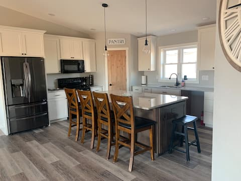New Construction - 4 Bed, 3 Bath, Ackerman Valley