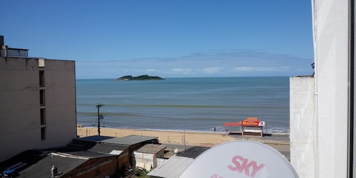 Beach view, completely renovated apt , elevator