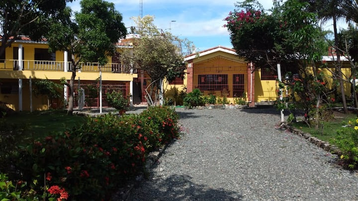 Villa de Playa en club Privado.