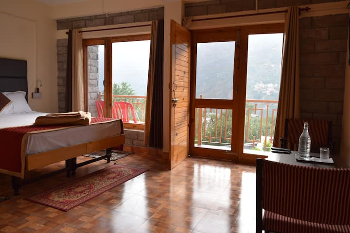 Room & Balcony in a Peaceful Village Near Manali