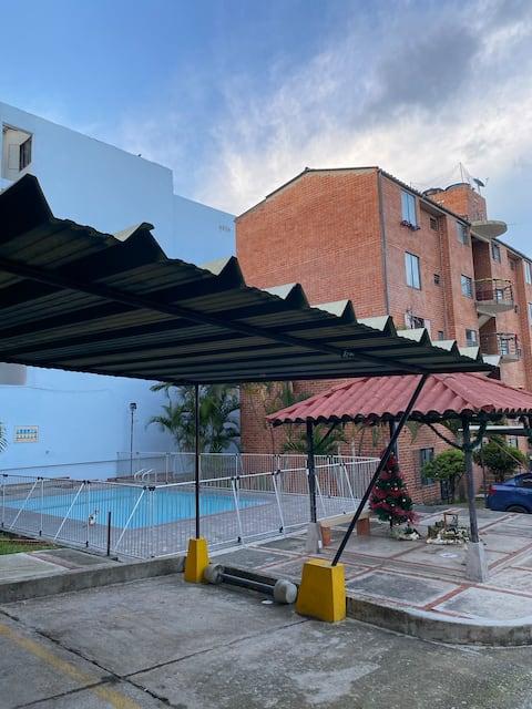Apartamento completo, conjunto piscina
