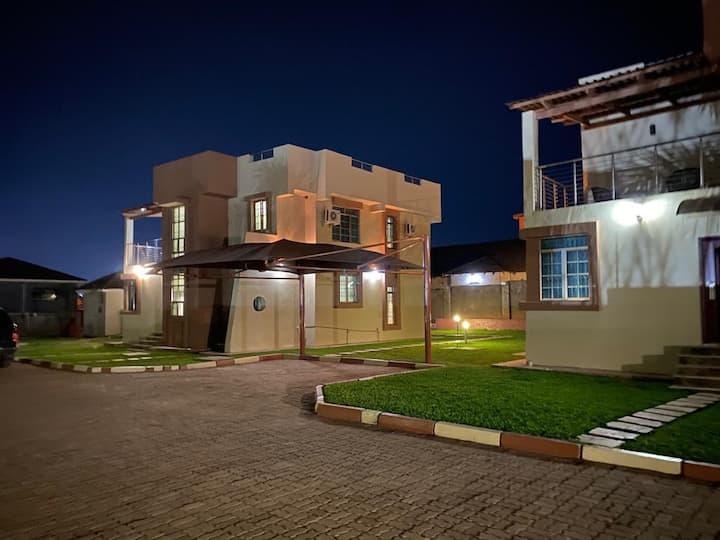 Nthuzi Villas BnB Cosy & Memorable