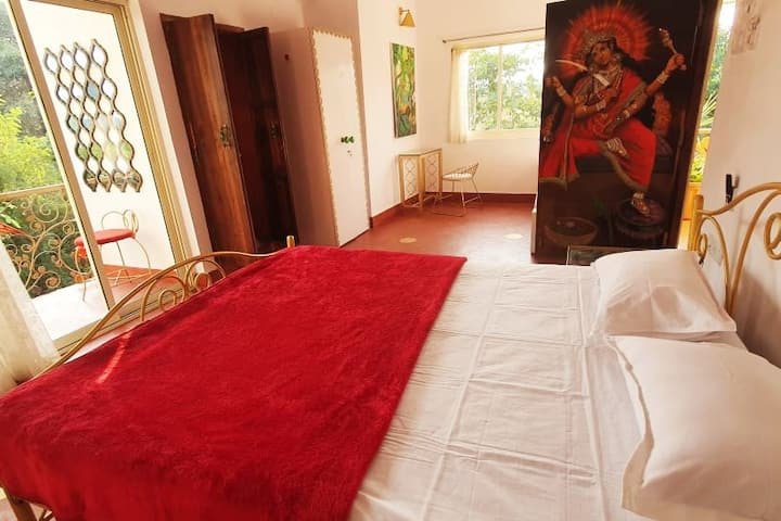 Matangi Deluxe Room - 2 beds - Hill View - Vagator