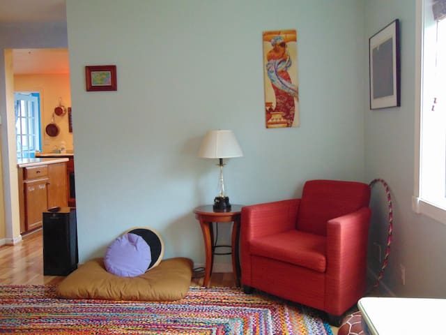 Colorful Sunny Home in the Heart of Viroqua
