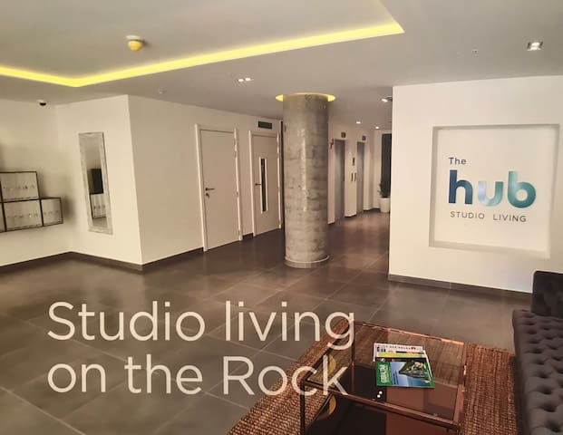 Brand new studio flat with unbeatable Rock views