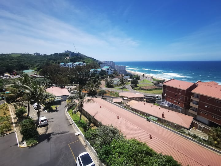 402 Umdloti Holiday Resort - Stunning Views.