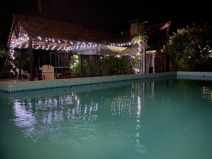 Apartamento con piscina y parillero Parque SUR