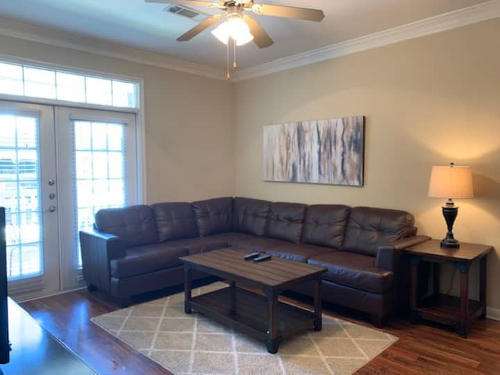 Entire place - 3 bedrooms - Woodlands, TX