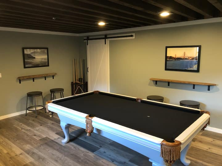 Private 1 bed/1 bath+game room + gym