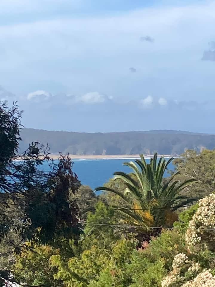 Pacific View, 3 bedroom spacious house, ocean view